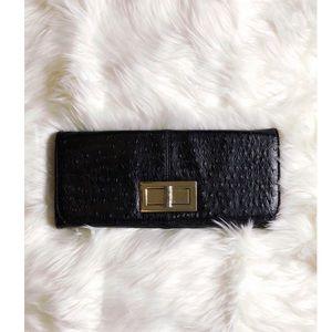⭐️5 for $25 ⭐️ Black & Gold Clutch
